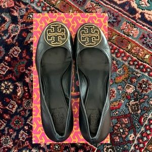 Black leather Tory Burch heel size 39